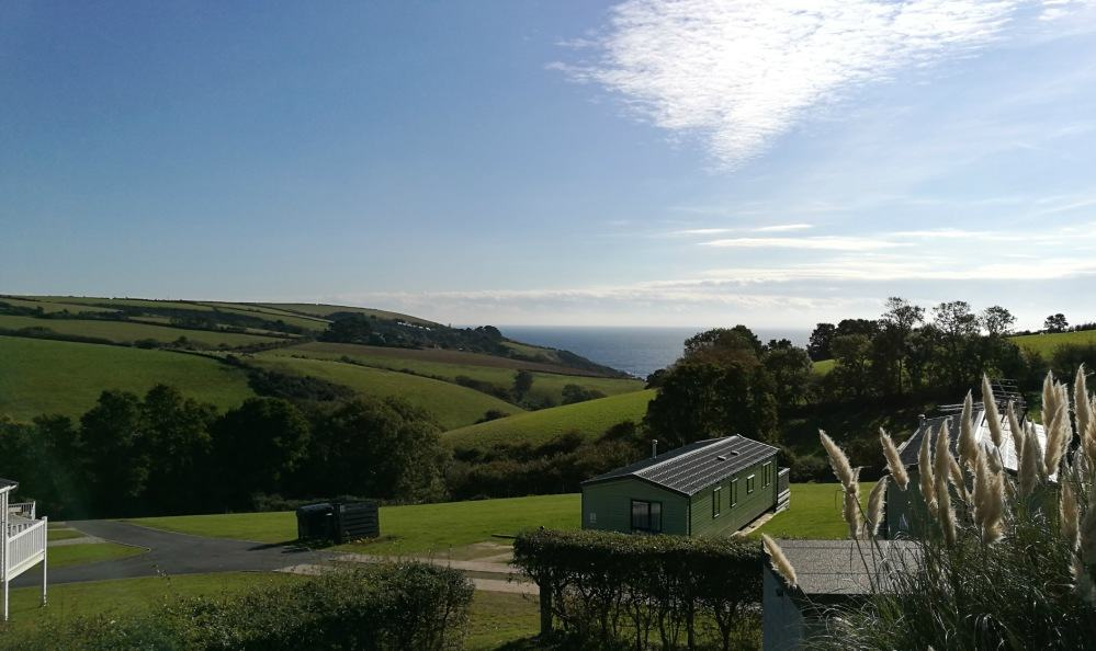 Seaview Holiday Village - the view of Talland Bay
