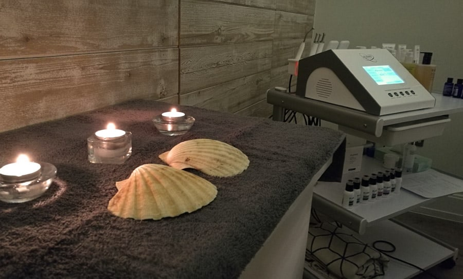 Elemis Facial machine, The Headland Spa