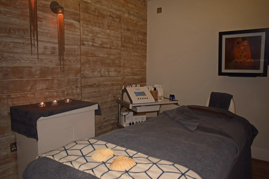 The treatment room Headland Spa