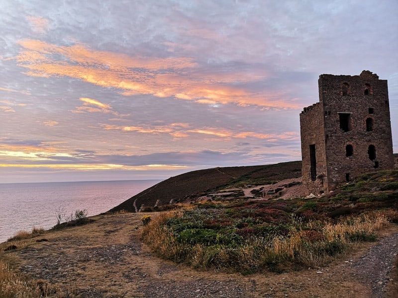 Mining heritage and sunset at Wheal Coates